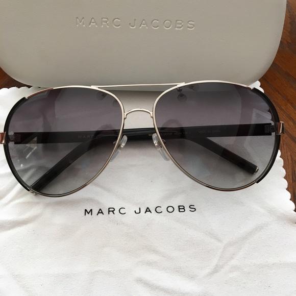 4990f130466a1 Marc Jacobs aviator sunglasses. M 5adb65ab8290afb47510c0dc